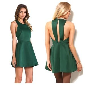 NWOT Revolve Cameo Blank Page dress in green